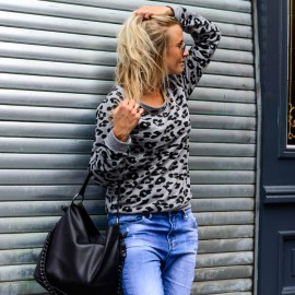 The Goods leopard sweat